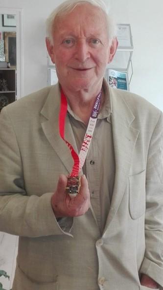 Dr Willem avec sa médaille d'or